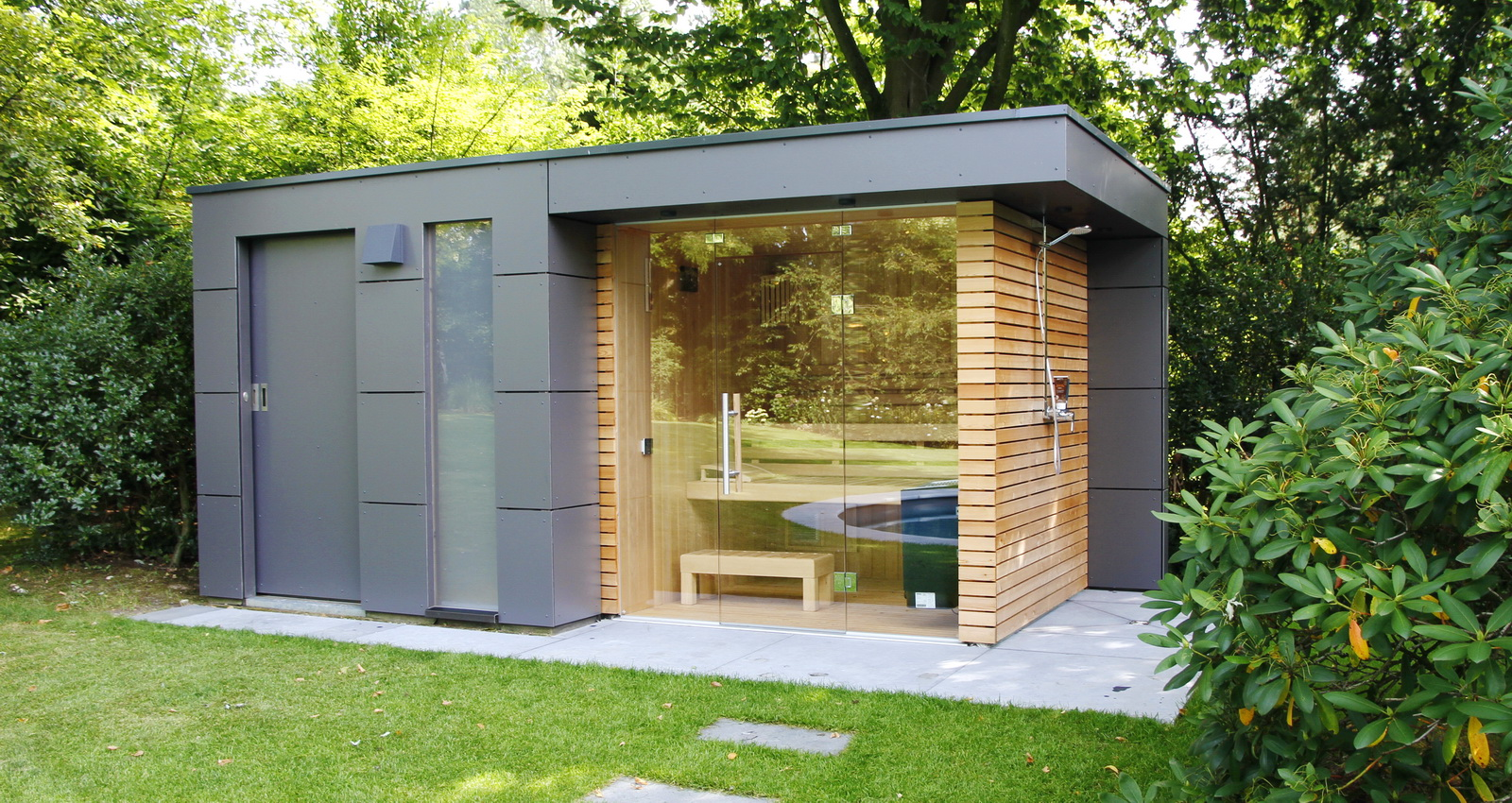 design gartenhaus moderne gartenh user schicke gartensauna. Black Bedroom Furniture Sets. Home Design Ideas
